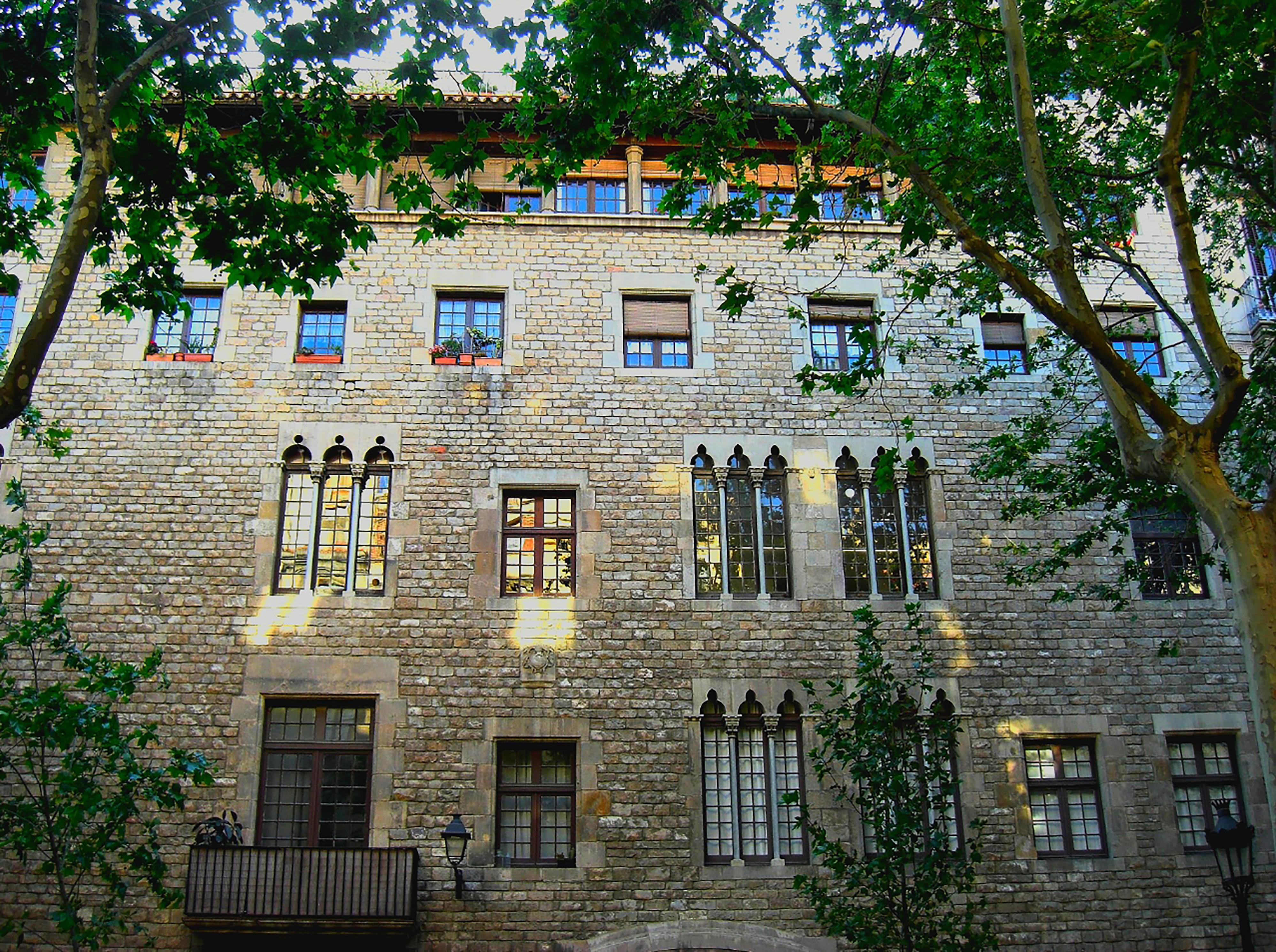 Barcelona   www.jclynmtrk.com