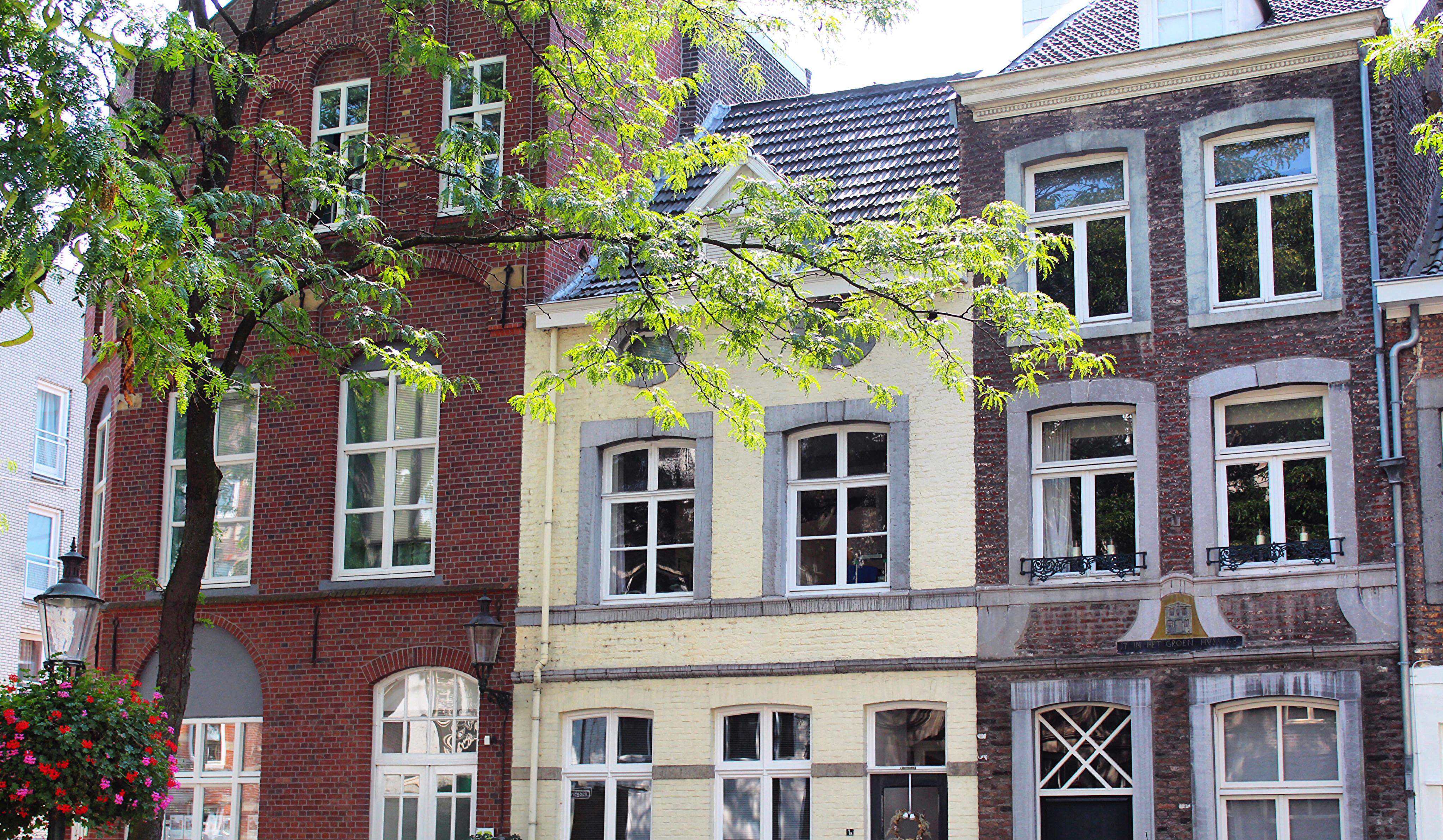 maastricht facades